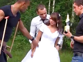 Sexy Bride helter-skelter Foursome Gangbang