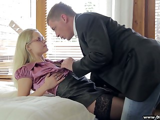 Sweetmeat fair-haired in stockings Barra Brass gets intimate with barely known tramp