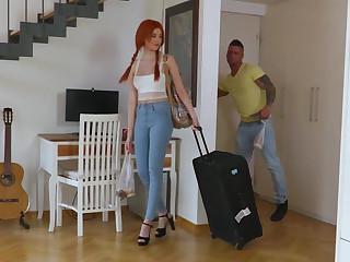 Luring a redhead hottie let go to his place